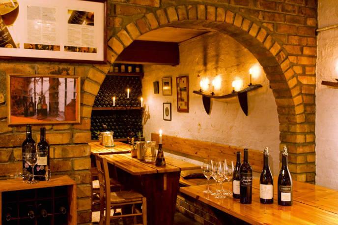 Delhim cellar