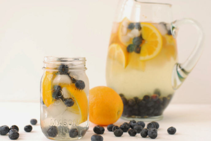 Blueberry and orange water
